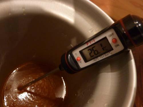 デジタルペンサーモで温度測定