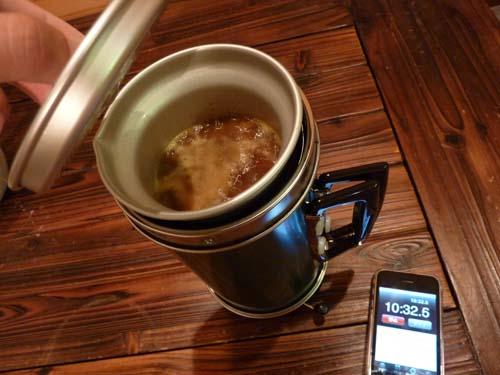 アルポットの麻婆豆腐が煮立つ