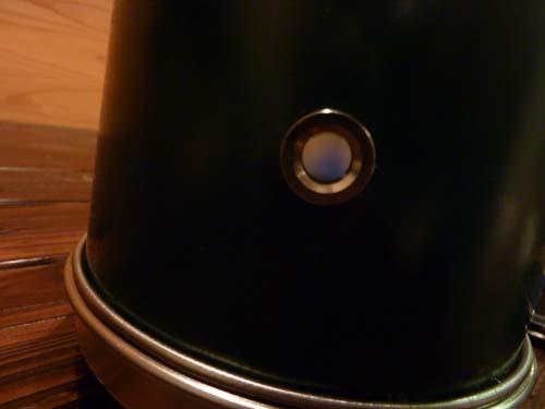 アルポット側面の覗き穴から燃焼状態チェック